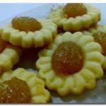 He loves pineapple tarts…
